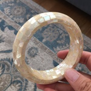 Vintage Jewelry - Mosaic mother of pearl bangle